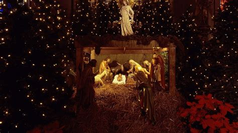 christmas with jesus this year wallpaper 1920x1080 jesus nurseries trees garland
