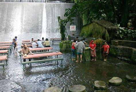 villa escudero waterfalls restaurant waterfall restaurant philippines