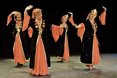 Uzbek Dance Silk Road Dance Company   uzbek dance silk road dance company