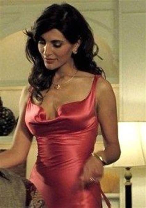 Caterina Murino New Bond by Casino Royale Caterina Murino Easy On The