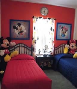 chambre mickey mouse