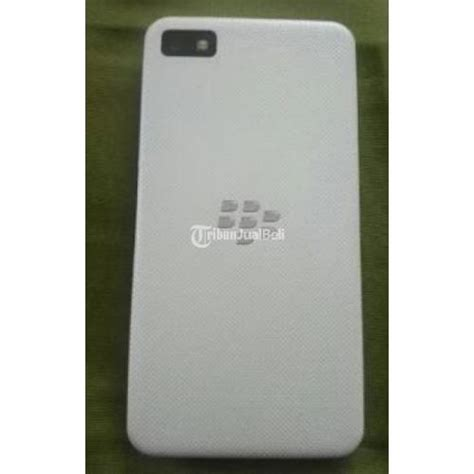 hp android murah blackberry z10 white sudah 4g seken mulus normal jakarta dijual tribun