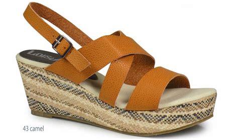 Sandal Merk Fladeo Uk 40 41 sandalen vrouwen lois sleehak 84 259 camel platform