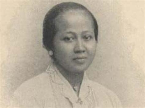 biografi dewi sartika singkat dalam bahasa sunda biografi dewi sartika lengkap biografi dan profil lengkap