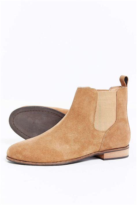 light tan suede chelsea boots urban outfitters uo suede chelsea boot in natural for men