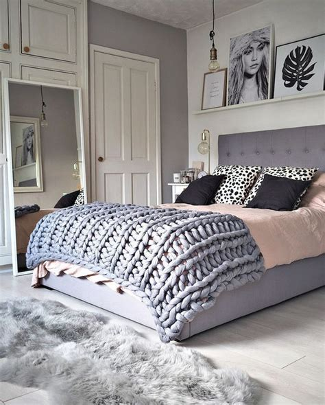 grey bedroom ideas pinterest best 25 grey bedrooms ideas on pinterest grey bedroom