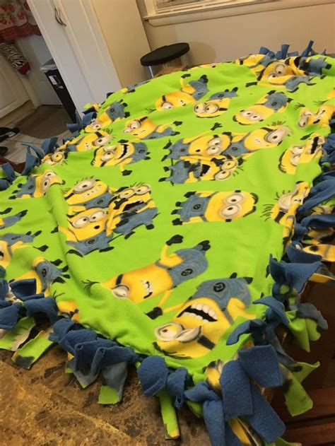 Make Fleece Tie Blanket by A Simple And Easy Way To Make A Fleece Tie Blanket Wikihow
