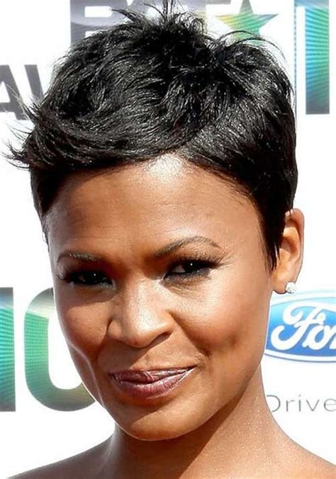 black ladies with round face hair style 10 short hairstyles for black women with round faces