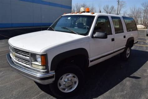 sell used no reserve 1999 chevrolet suburban 2500 4x4, 1