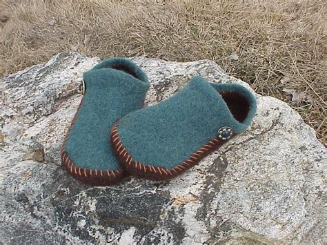 felted wool slipper patterns free wool needle felting patterns ez 2 needle felted by