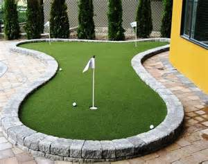 putting greens for backyards kits 1000 ideas about backyard putting green on