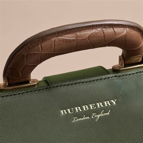 Doktor Bag Burbery 7223 2 the dk88 doctor s bag with alligator in forest green