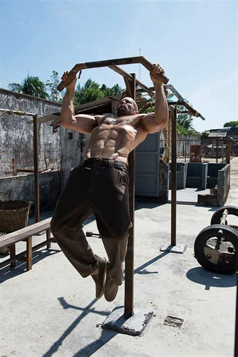 jason statham workout film workout like jason statham workout pinterest