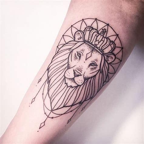leo tattoo pinterest 31 besten leo tattoos simple bilder auf pinterest