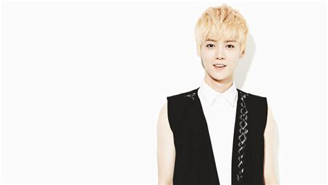 exo luhan wallpaper hd luhan full hd wallpaper and background 2300x1300 id 486937