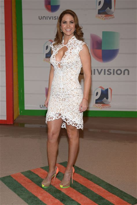 lucero premios juventud 2013 lucero pictures arrivals at the premios juventud event