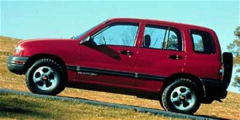 2000 chevrolet tracker (chevy) review, ratings, specs