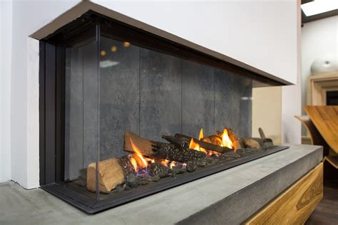 moderne feuerstelle new designer interior for modern gas fireplaces concrete