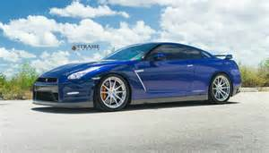 Nissan Blue Blue Pearl Nissan Gt R With Brushed Aluminum Strasse
