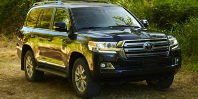 2017 toyota land cruiser safety features iseecars.com