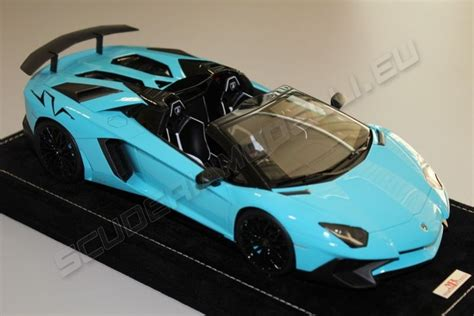 lamborghini aventador sv roadster baby blue mr collection 2015 lamborghini lamborghini aventador lp750 4 roadster sv baby blue blac baby