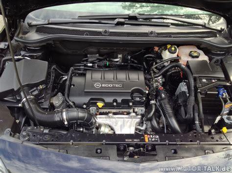 motor j astra j motorraum opel astra j 1 4t test testberichte
