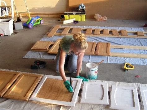 repaint kitchen cabinets diy best 25 how to paint kitchens ideas on pinterest