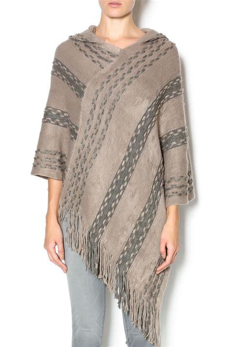 Keren Jaket Sweater Vest Hoodie Ym01 Keren Hart Hooded Weave Poncho From Boston By George S