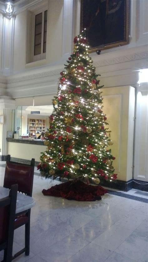arboles de navidad alquiler y venta para decoracion
