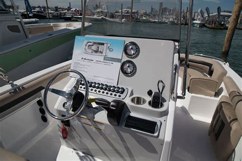 hurricane deck boat center console hurricane cc 21 ob center console deck boat delight