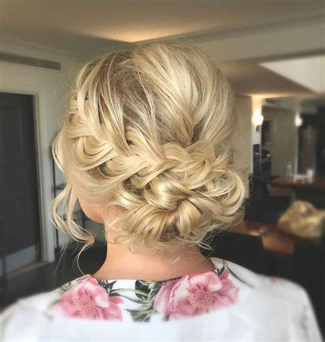 Wedding Hair Classic Updos by Best 25 Classic Updo Hairstyles Ideas On