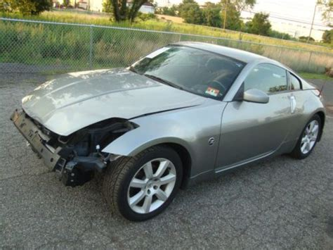 wrecked nissan 350z for sale buy used nissan 350z salvage rebuildable repairable