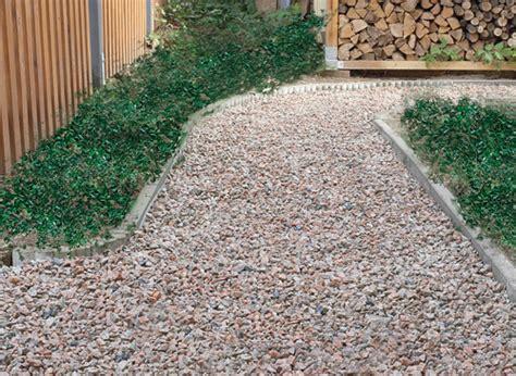 quanto costa la ghiaia come realizzare un vialetto in giardino con sottofondo e
