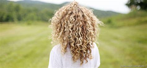 Cheveux Fris 233 S 3 Id 233 Es Coiffure Faciles 224 R 233 Aliser