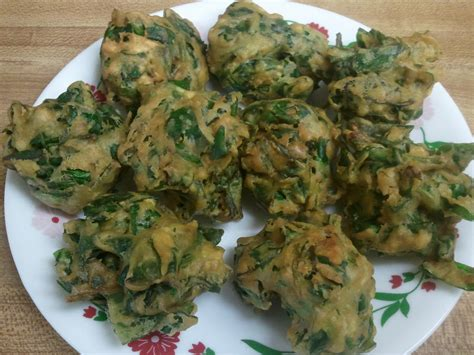 S Crispy Spinach Chips Snack my kitchen recipes collection of vegetarian dishes crispy spinach pakora palak bajji