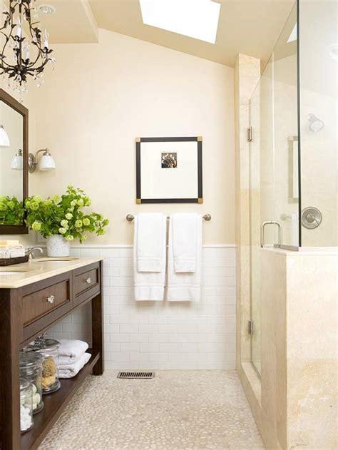 Bhg Bathrooms by Pebble Bathroom Floor Cottage Bathroom Bhg