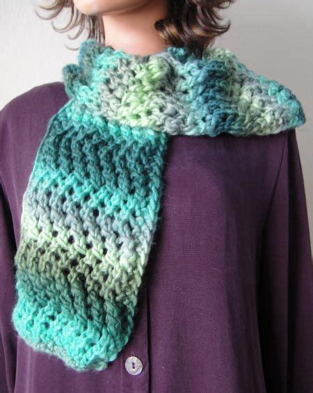 easy zig zag crochet scarf pattern pinterest the world s catalog of ideas