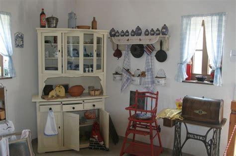 mobili stile arte povera colori mobili arte povera