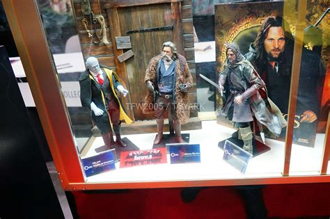 hateful 8 figures nycc 2016 asmus the hobbit hateful 8 and more the