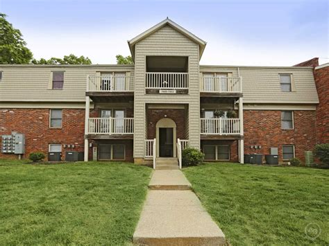 Apartments And Houses For Rent Ky Park Lake Apartments Louisville Ky 40229 Apartments