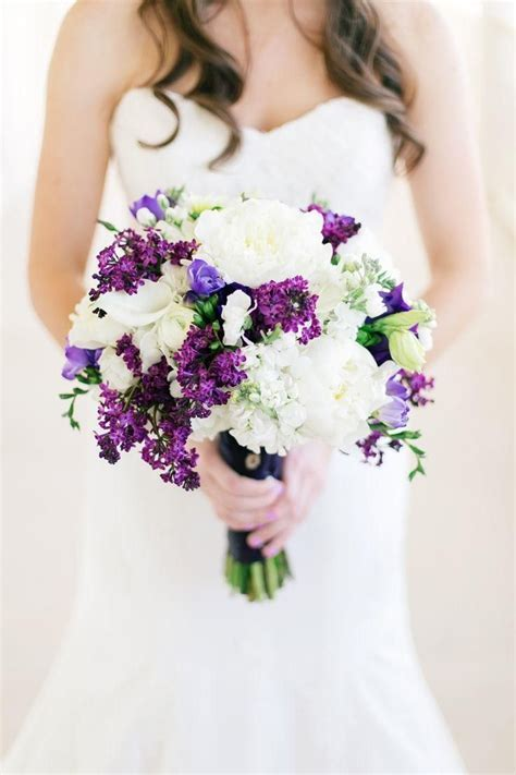 17 Best ideas about Purple Wedding Bouquets on Pinterest