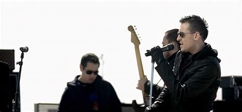Kaos Seven Linkin Park Photo 5 beautiful reasons why we will always miss chester
