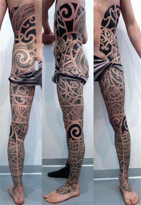 tattoo 3d en la pierna tatuaje maori pierna