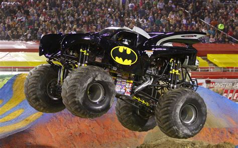 pictures of monster jam trucks henshin grid my hopes for power rangers in monster jam trucks
