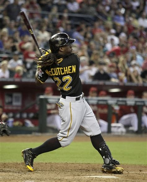 andrew mccutchen swing andrew mccutchen remarkable return from fractured rib