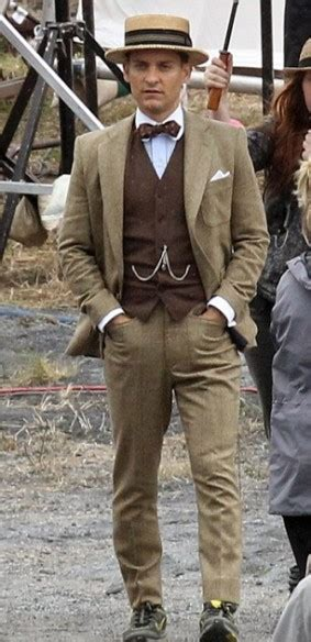 great gatsby prom for guys tobey maguire suit from the great gatsby