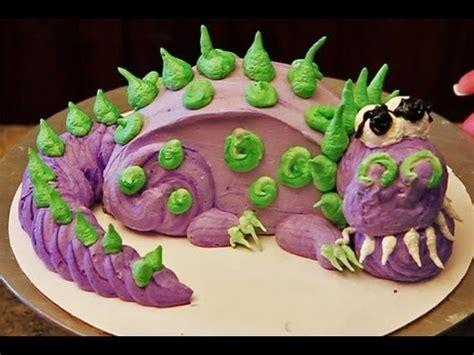 dinosaur cake / how to decorate a mini dinosaur cake youtube