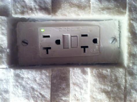 backsplash outlet covers outlet cover doesn t fit in ledgestone backsplash