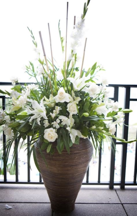 Flowers For Floor Vases july 4th wedding at ritz members club flowers by fudgie your sarasota florist