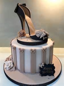 kuchen schuhe best 25 shoe cakes ideas on fondant shoe